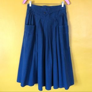 VINTAGE Western Denim Chambray Skirt with Pockets